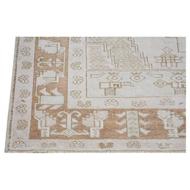 """1930s Vintage Turkish Anatolian Oushak Hand Knotted Organic Wool Fine Weave Rug,4'6""""x8'3"""" For Sale - Image 5 of 6"""
