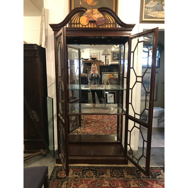 Early 21st Century Traditional Mirror Back China Cabinet For Sale - Image 5 of 9
