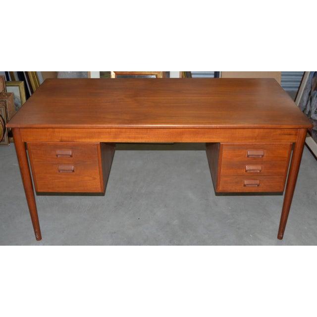 Vintage Danish Modern Teak Desk by Børge Mogensen for Søborg Møbler C.1960s For Sale - Image 10 of 10