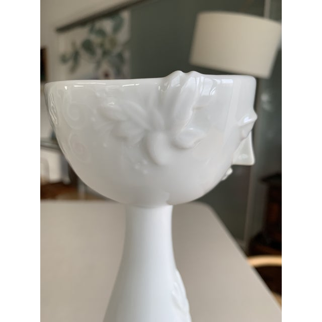 Bjorn Wiinblad 1970s Rosenthal Studio-Linie Bjorn Wiinblad Eva White Porcelain Vase For Sale - Image 4 of 11