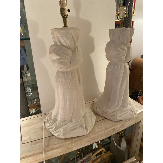 Mid-Century Modern Pair of Plaster Lamps on the Style of John Dickinson For Sale - Image 3 of 13
