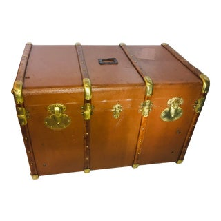 Early 20th Century English Trunk with Brass Hardware For Sale