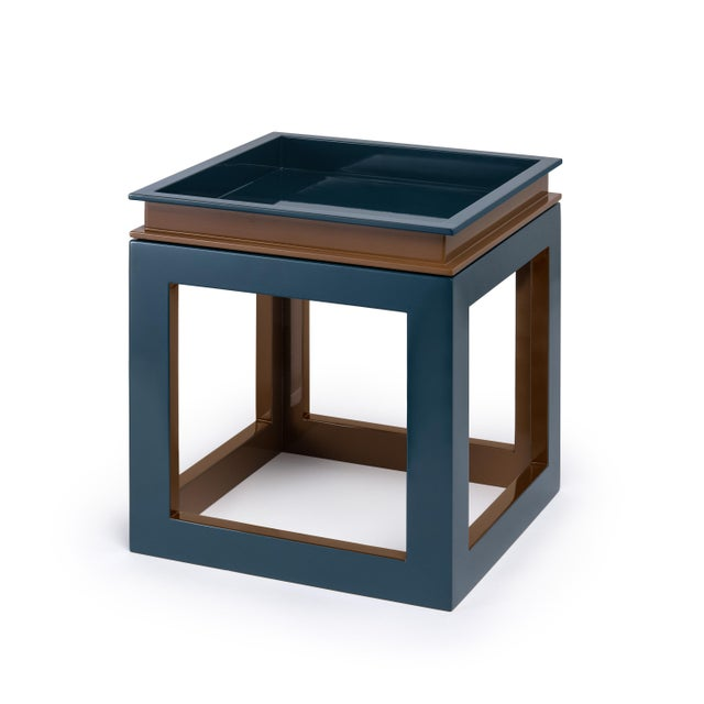 Contemporary Small Cube Tray Table in Tobacco Leaf Brown / Teal - Jeffrey Bilhuber for The Lacquer Company For Sale - Image 3 of 3