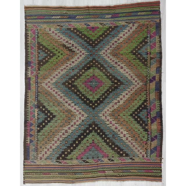 Textile 1960's Vintage Turkish Denizli Kilim Rug- 6′1″ × 8′1″ For Sale - Image 7 of 7
