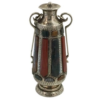 Late 19th Century Silver and Specimen Agate Mounted Scent Flask For Sale