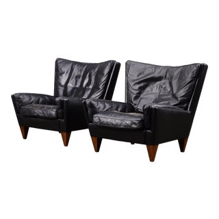 Vintage Mid Century Illum Wikkelsø V11 Black Leather Armchairs- A Pair For Sale