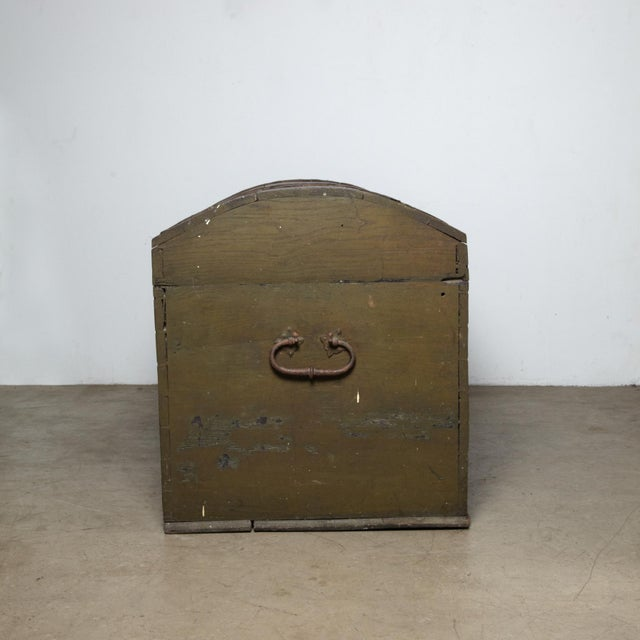 Folk Art Danish Original Painted Dowry Chest Circa 1835 For Sale - Image 3 of 11