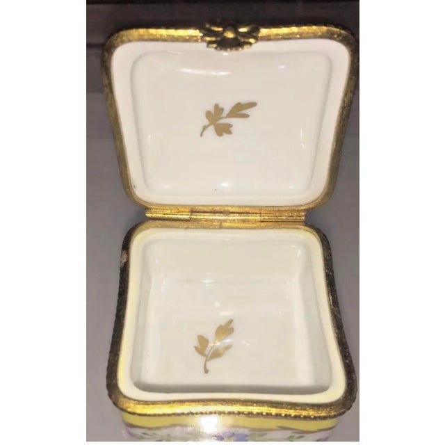 Agate Vintage Limoges Yellow & White Floral Box For Sale - Image 7 of 13