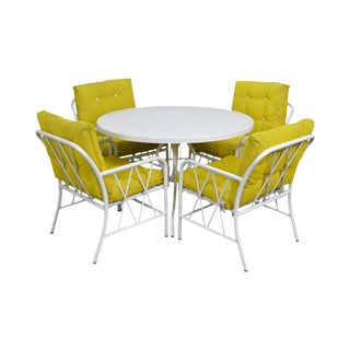 Brown Jordan Style Mid-Century White Round Patio Table & 4 Chair Set For Sale