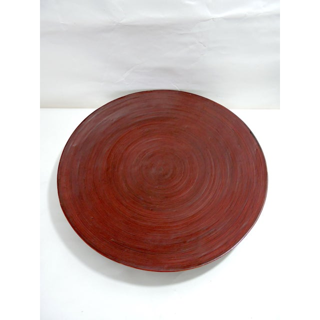 1980s Vintage Burmese Red Lacquer & Bamboo Plates and Charger - Set of 7 For Sale - Image 5 of 10