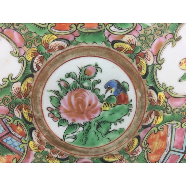 Mid 19th Century Large 19th Century Rose Medallion Platter For Sale - Image 5 of 10