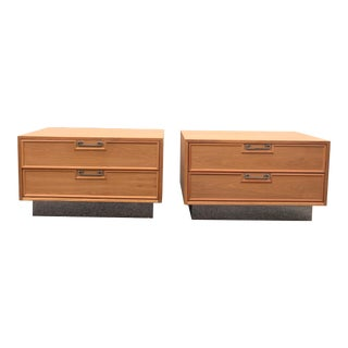 Mid-Century Maple American of Martinsville Nightstands - A Pair For Sale