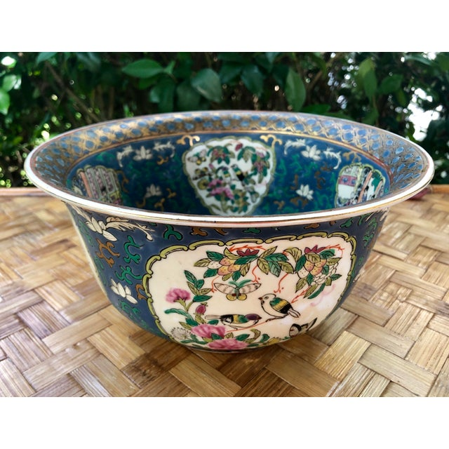 20th Century Chinese Hand Painted and Gilt Rose Medallion Bowl in Blue For Sale - Image 12 of 13