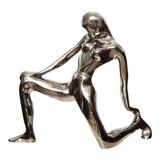 Jaru Kneeling Female Figure For Sale