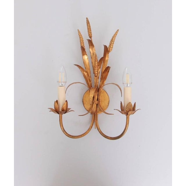 1970s Coco Chanel Style Florentine Wall Lamp Brass with Gold-Finish, Italy, 1970s For Sale - Image 5 of 5