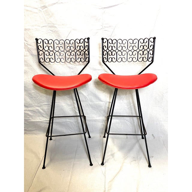 1970s Wow Arthur Umanoff for Grenada Collection Iron Swivel Counter Bar Stools W/ Original Red Cushions For Sale - Image 5 of 10
