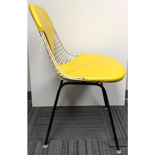 Mid-Century Modern Herman Miller - Eames Mid-Century Modern Yellow Bikini Wire Chair For Sale - Image 3 of 7