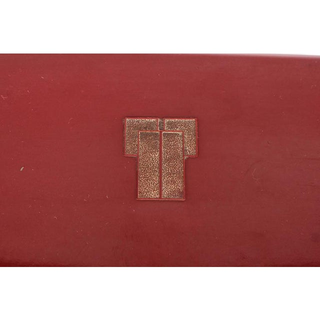 Streamlined Art Deco Bakelite Box with Burgundy Top with Cubist Detail For Sale - Image 4 of 7