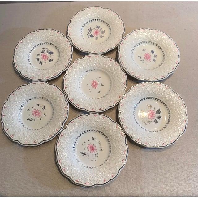 Vintage Wedgwood of Etruria and Barlaston Fine Bone China Signed Scalloped Edge Plates - Set Of 7 Plates Condition: Some...