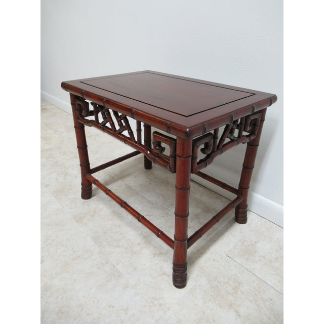 Asian Vintage Chinese Chippendale Rosewood Faux Bamboo Lamp End Table For Sale - Image 3 of 10
