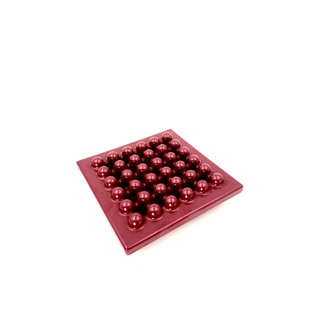 Vinyl 1971 Wine Red Ashtray by Ettore Sottsass for Olivetti Synthesis, Sistema 45 Series For Sale - Image 7 of 13
