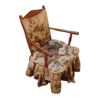 Early 20th Century Antique Maple Accent Chair For Sale