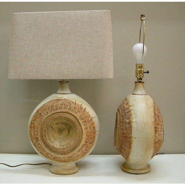 Clay Circa 1970, Bernard Rooke, Brown, Ivory, Tan, Stoneware, Table Lamps - a Pair For Sale - Image 7 of 11