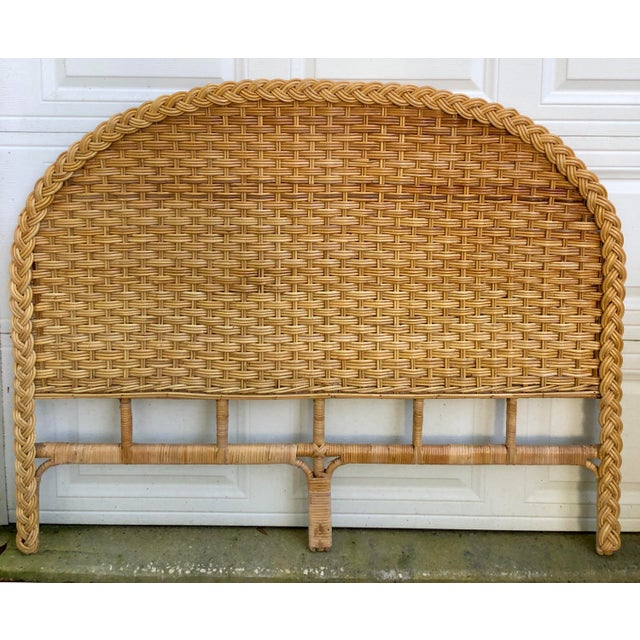 1960s Vintage Braided Woven Bamboo Wicker Rattan Queen Headboard For Sale In Charleston - Image 6 of 7
