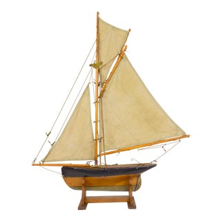 "Early 1900s English Pond Yacht ""Sloop/Cutter"" For Sale"