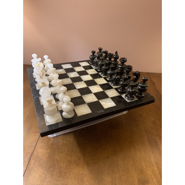 1970s Vintage Hand Carved Quartz/Marble Complete Chess Set - 32 Pieces For Sale - Image 13 of 13