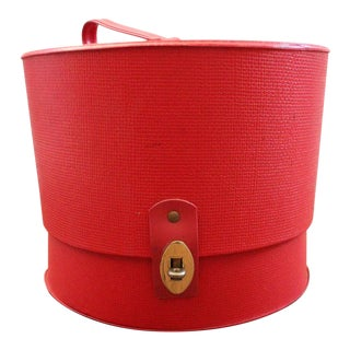 Mid-Century Everbest Red Hat Box With Brass Finishings For Sale