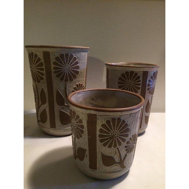 Cottage 1970s David Stewart for Lion's Valley Studio Pottery Canisters - Set of 3 For Sale - Image 3 of 6