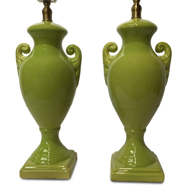 Contemporary Greco-Roman Style Ceramic Amphora Lamps Pair by Bradburn Gallery For Sale - Image 3 of 10