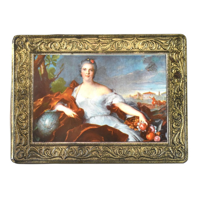 Vintage Italian Pagani Lecco Biscuit Tin With 18th-Century Aristocrat Portrait For Sale