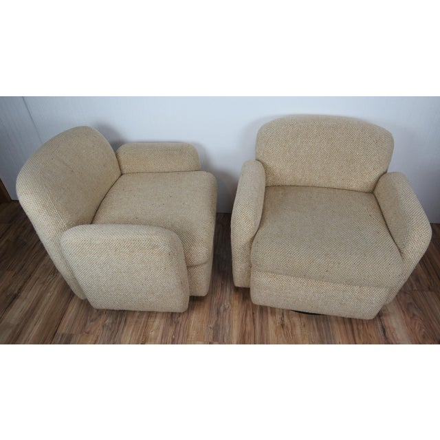 Mid-Century Modern 1970s Mid-Century Modern Wool Tweed Swivel Chairs by Preview - a Pair For Sale - Image 3 of 13