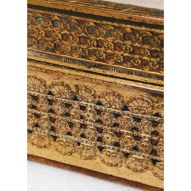 20th Century Chinese Jade Velvet Trinket Jewelry Box For Sale - Image 9 of 10