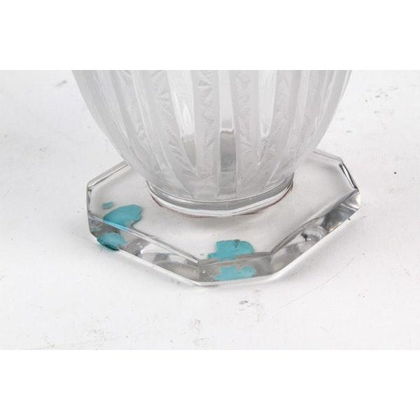 Verlys Glass 1930s Vintage Verlys Art Deco Footed Vase For Sale - Image 4 of 5