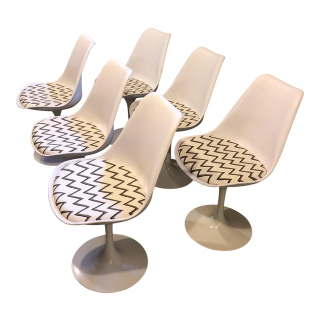 Molly Skok Zig Zag Seat Saarinen Chairs - Set of 6 - Image 1 of 6