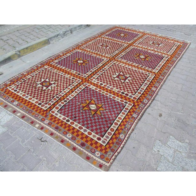 1960s Turkish Embroidered Kilim Wool Rug For Sale - Image 4 of 6