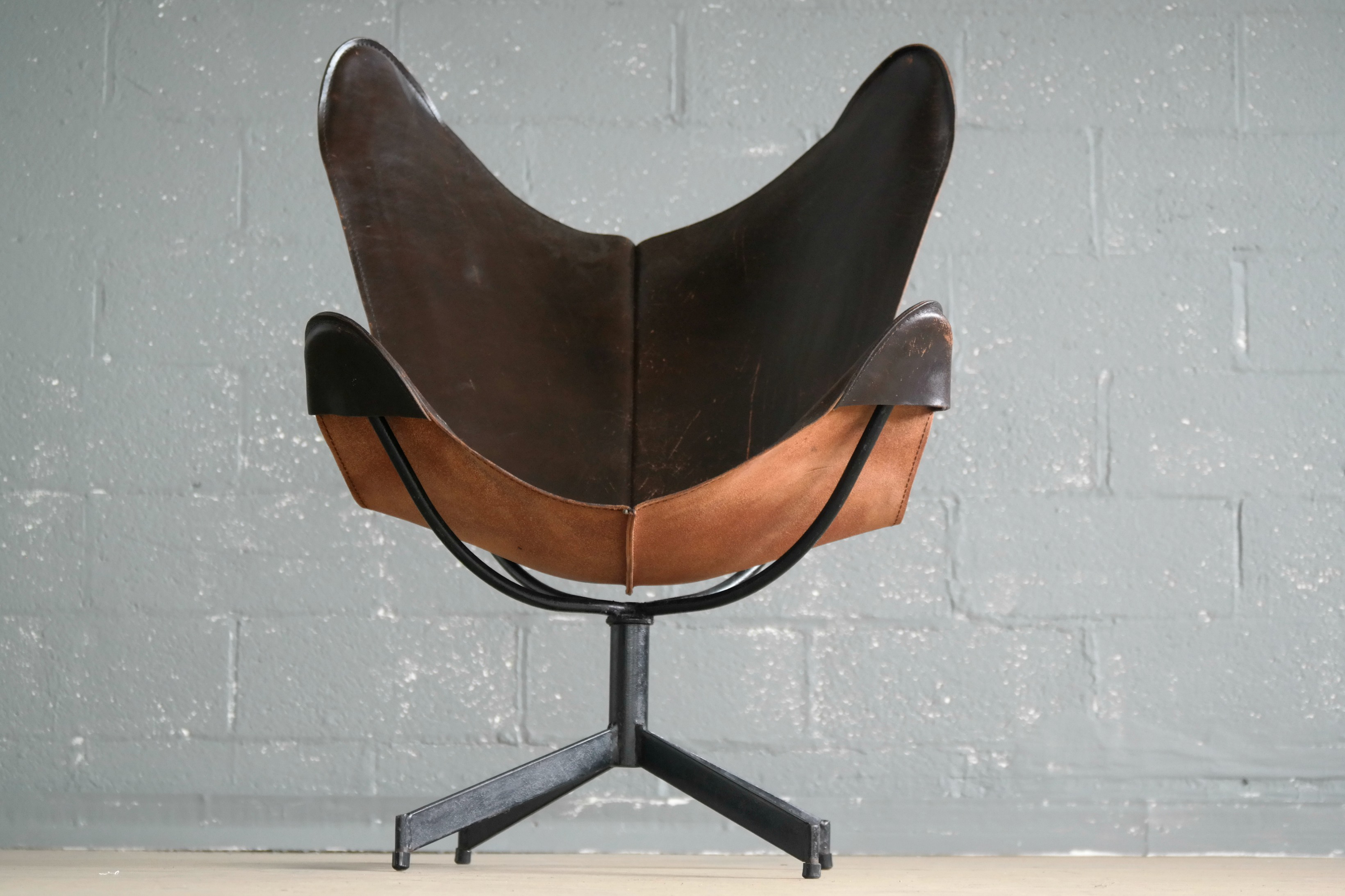 William Katavolos Leather Sling Chair And Ottoman For Leathercraft   Image  4 Of 8