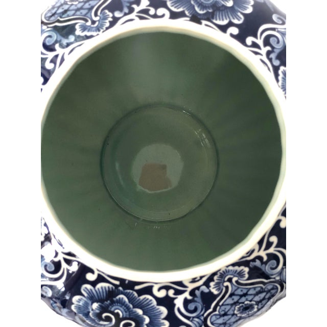 Mid-20th Century Dutch Painted Blue and White Faience Delft Ginger Jar For Sale - Image 10 of 12