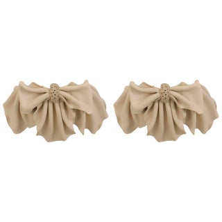 French 1940s Beige Plaster Bowknot Wall Sconces - a Pair For Sale