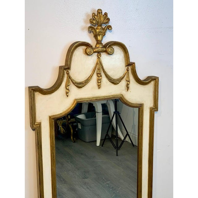 Italian Neoclassic Giltwood and Parcel Gilt Mirror For Sale - Image 10 of 11