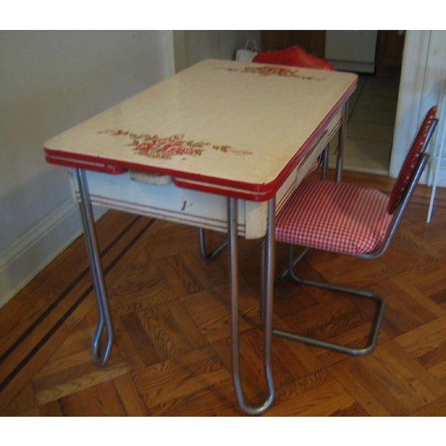 Vintage Ingram-Richardson Porceliron Kitchen Table With Chairs - Image 3 of 5