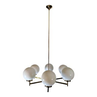 Vintage Chandelier in Polished Brass With Opaline Glass Spheres For Sale