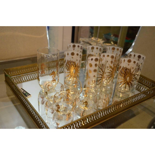 Eight Vintage Fred Press White and Gold Celestial Pattern Tom Collins Glasses - Image 5 of 8