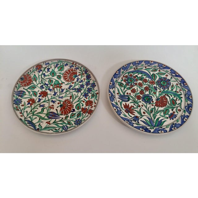 IKaros Hand Painted Carnations & Tulips Decorative Plates - a Pair For Sale - Image 12 of 12