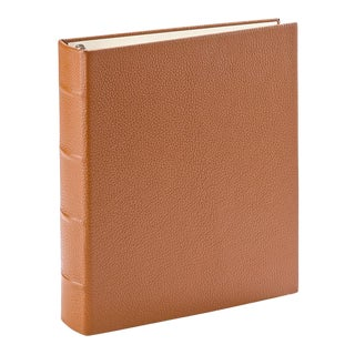 Medium Clear Pocket Album, Pebble Grain Leather in Saddle For Sale