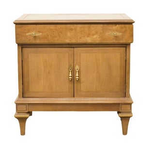 Late 20th Century Vintage American of Martinsville Nightstand For Sale