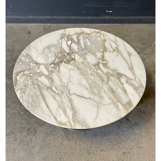 Mid-Century Modern Chrome and Marble Round Table Designed by Warren Platner for Knoll. For Sale - Image 3 of 13